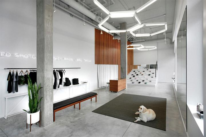 Không gian nội thất cửa hàng - Không gian nghỉ ngơi cho khách hàng sẽ làm khách hàng dễ chịu hơn