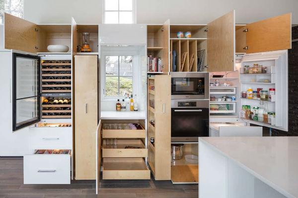 Sử dụng tủ bếp đa năng giúp gian bếp gọn gàng hơn