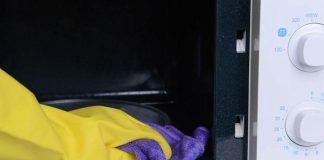 Sử dụng giấm, chanh để làm sạch lò vi sóng ở nhiệt độ cao