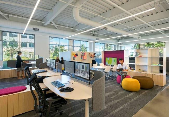 Không gian nội thất văn phòng - Văn phòng dạng quầy bar rất mới mẻ và phong cách