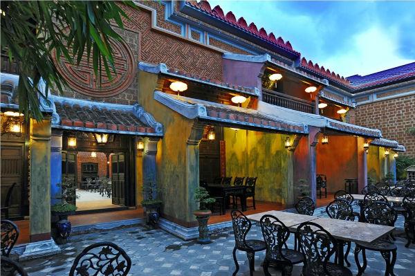 Trang trí quán café độc và lạ theo phong cách hoài cổ