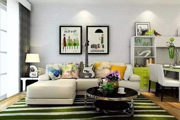 bạn có thể sắp xếp ghế ngồi theo hình chữ L đối với những phòng khách nhà ống hẹp