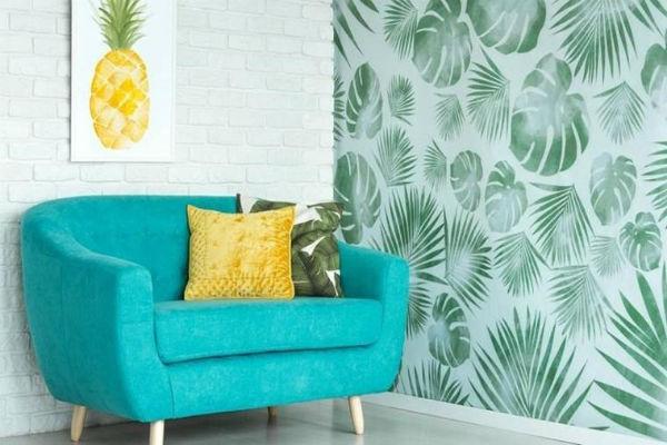 Một trong những mẹo trang trí nhà đẹp là dùng giấy dán tường