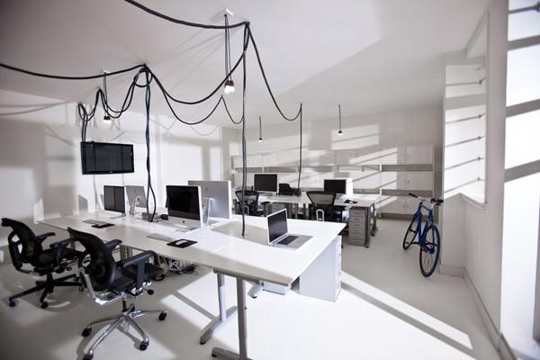 Thiết kế văn phòng theo phong cách tối giản giúp không gian thoáng hơn