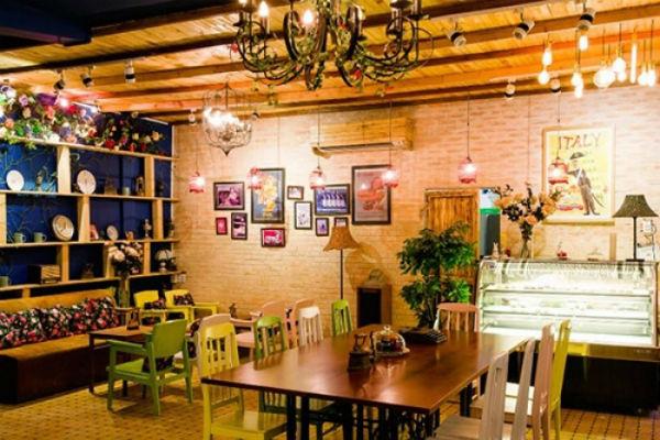 Decor quán cafe rất quan trọng khi kinh doanh