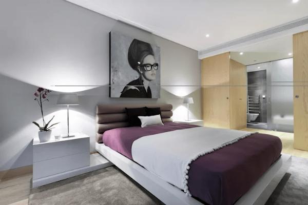 Trang trí phòng ngủ bằng ảnh treo trên đầu giường