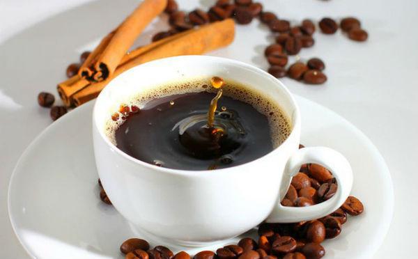 Cafe buổi sáng là đặc trưng của người Việt