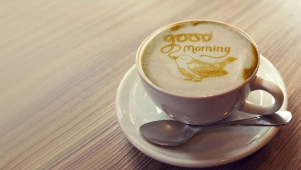 Cafe buổi sáng được xem như thói quen của người Việt
