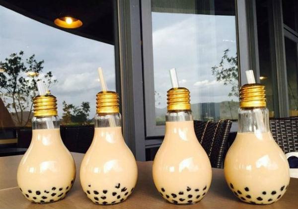 Trà sữa bóng đèn tuy quen mà lạ