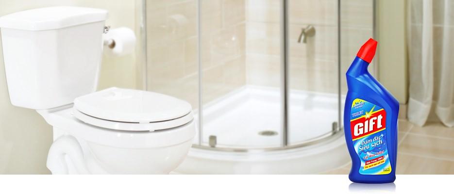Sử dụng sản phẩm tẩy rửa được chứng nhận an toàn để đảm bảo sức khỏe
